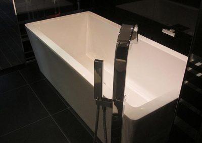008-Maslow-Bath-1